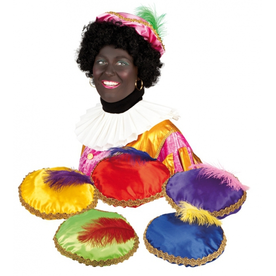 Roze baret Zwarte Piet