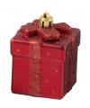 Rode kerstbal in cadeau vorm 9 cm