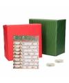 Kerst cadeaupapier pakket m rood groen met etiketten