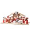 Kerststal met 11 figuren rood/wit